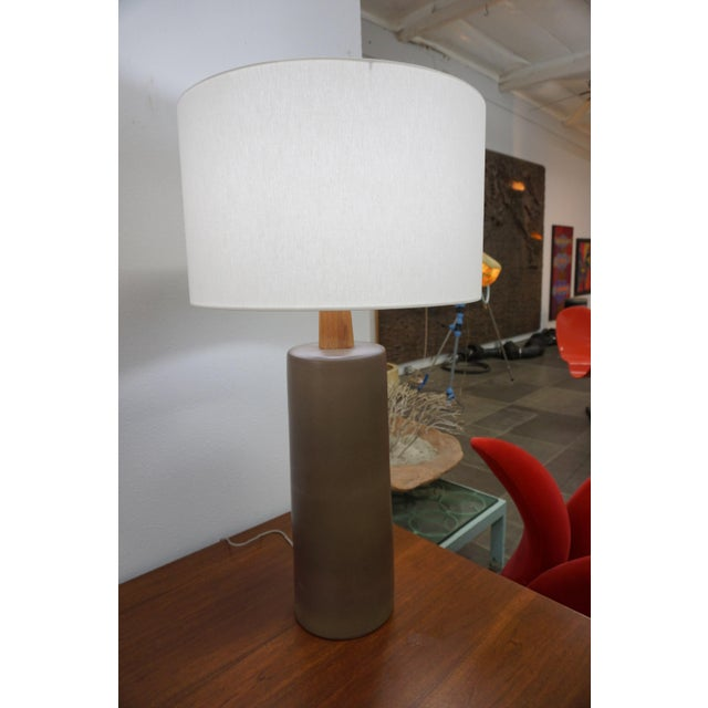 1950s Tall Olive Green Ceramic Table Lamps by Gordon Martz - a Pair For Sale - Image 5 of 8