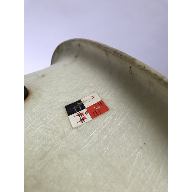 Vintage Eames PAW Swivel chair for Herman Miller For Sale - Image 11 of 11
