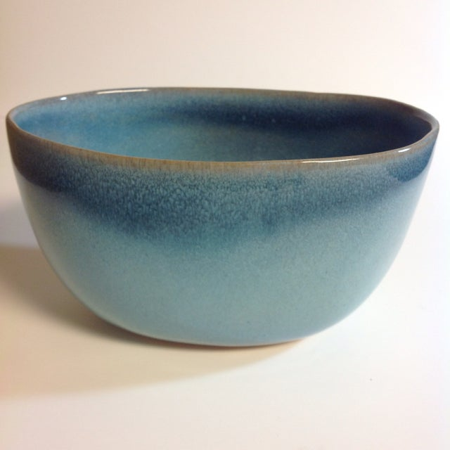 Rare vintage blue Glidden Pottery bowl. Shape #37, was one of the original shapes numbers. Glidden Pottery is a unique...