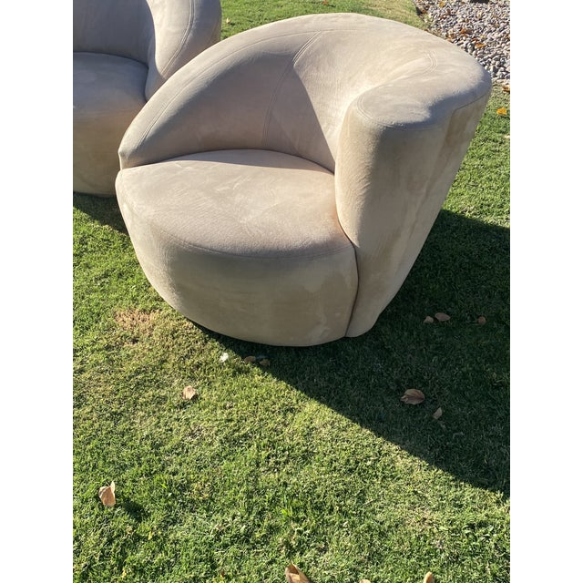 Vladimir Kagan Style Nautilus Swivel Lounge Chairs - a Pair For Sale - Image 12 of 13