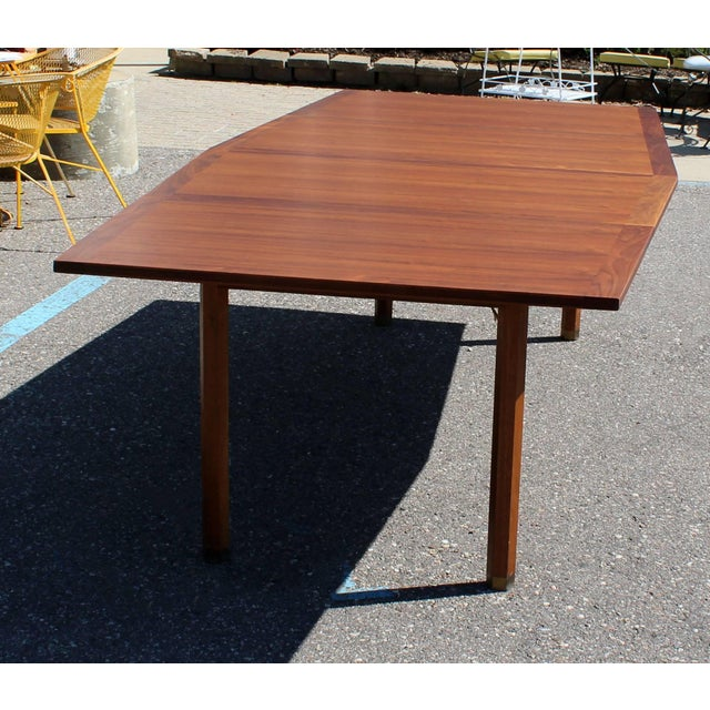 Mid-Century Modern Mid-Century Modern Dunbar Expandable Dining Table For Sale - Image 3 of 10