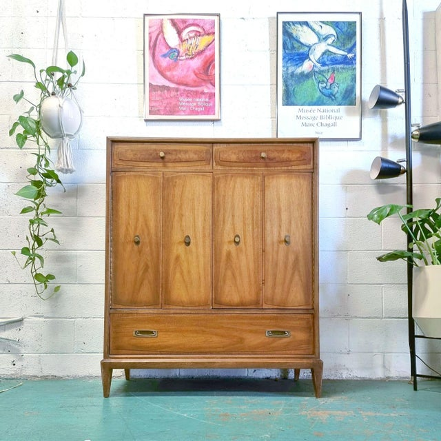 Wood American of Martinsville Mid Century Gentlemens Chest For Sale - Image 7 of 7