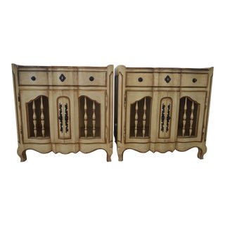 French Cream John Widdicomb Chests - Pair For Sale