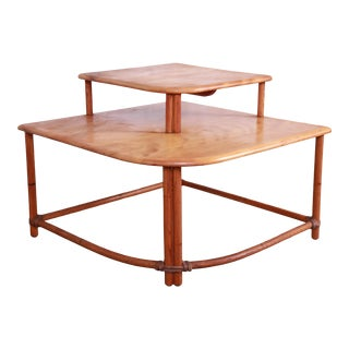 Heywood Wakefield Hollywood Regency Mid-Century Modern Rattan Corner End Table For Sale