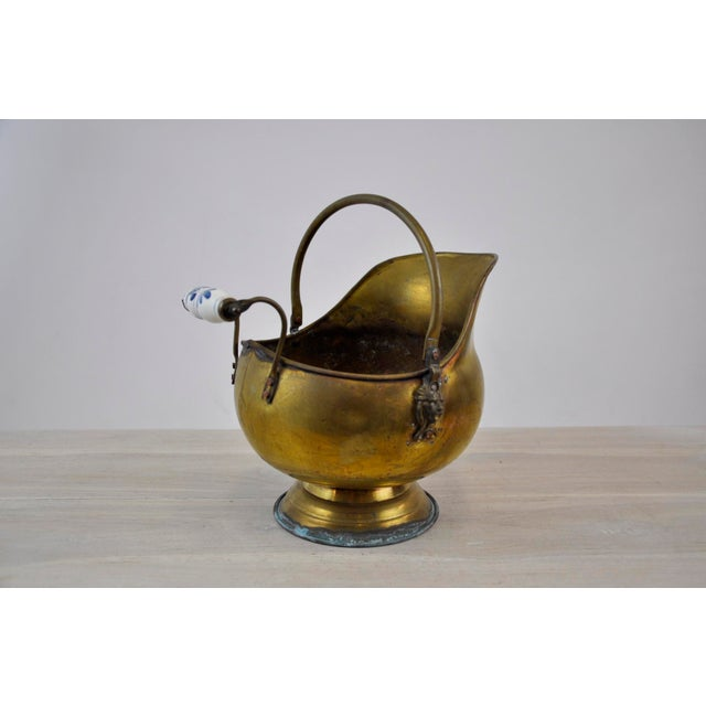 Vintage Brass Helmet Coal Scuttle For Sale - Image 5 of 11