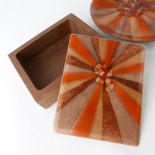 Orange Design 'Bovano of Cheshire' Mid-Century Modern Enamel Over Copper Sunburst Design Tray and Box Set For Sale - Image 8 of 8
