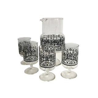 1950s Mid-Century Modern Glass Pitcher and Footed Glasses Cocktail Bar Ware - 5 Pc. Set For Sale