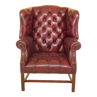 1980s Vintage Tufted Leather Chippendale Chesterfield Style Wing Back Chair For Sale