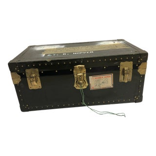 Vintage Industrial Green Military Foot Locker Trunk With Tray For Sale