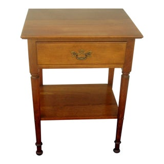 1960s Mid-Century Modern Stickley Cherry One Drawer Lamp Table For Sale