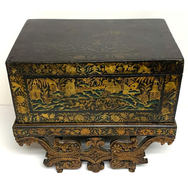 Chinese Export Lacquer Box & Stand, Circa 1820 For Sale - Image 4 of 13