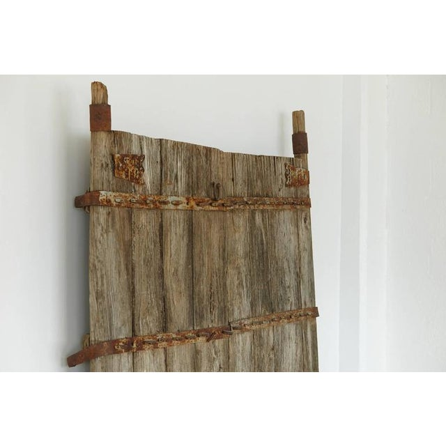 Early 19th Century Pair of Antique Chinese Oak Gate Doors For Sale - Image 5 of 10