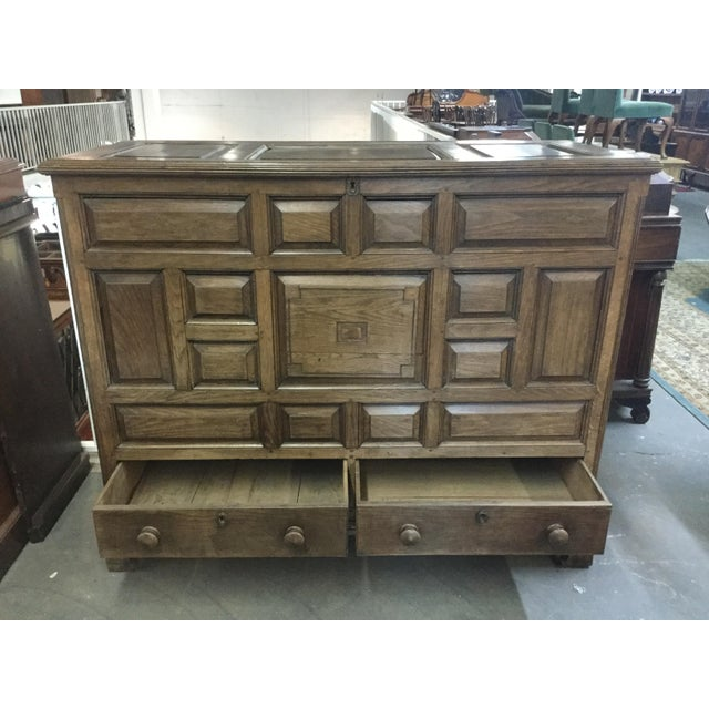 Rustic Welsh Oak Mule Chest Circa 1820 For Sale - Image 3 of 9