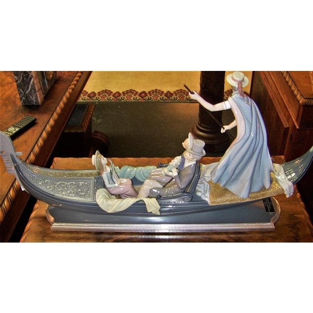 Figurative Lladro in the Gondola Signed by Catala and Ruiz For Sale - Image 3 of 10
