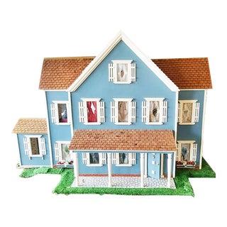 1960s Custom-Built Colonial Farmhouse Electrified Dollhouse 1:12 Scale For Sale