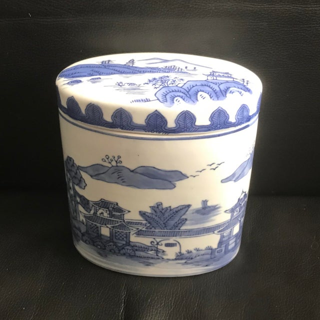 Late 20th Century Late 20th Century Chinoiserie Blue Covered Oval Ceramic Box For Sale - Image 5 of 5