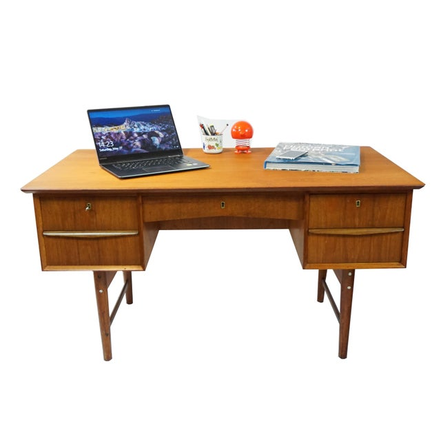 Danish Modern Dual Sided 5 Drawer Desk - Image 4 of 8