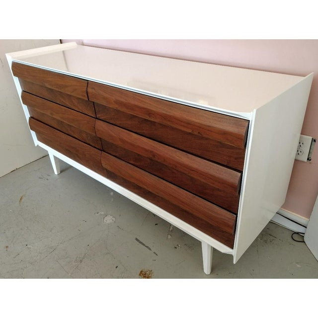 Lane Furniture, Restored Chest of Drawers/Console, Mid-Century For Sale - Image 11 of 11