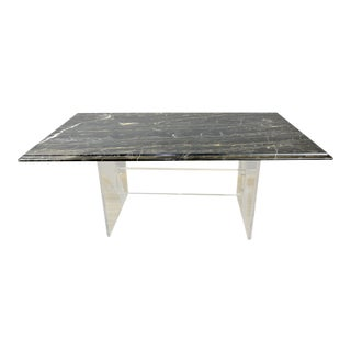 Elegant Acrylic Coffee Table