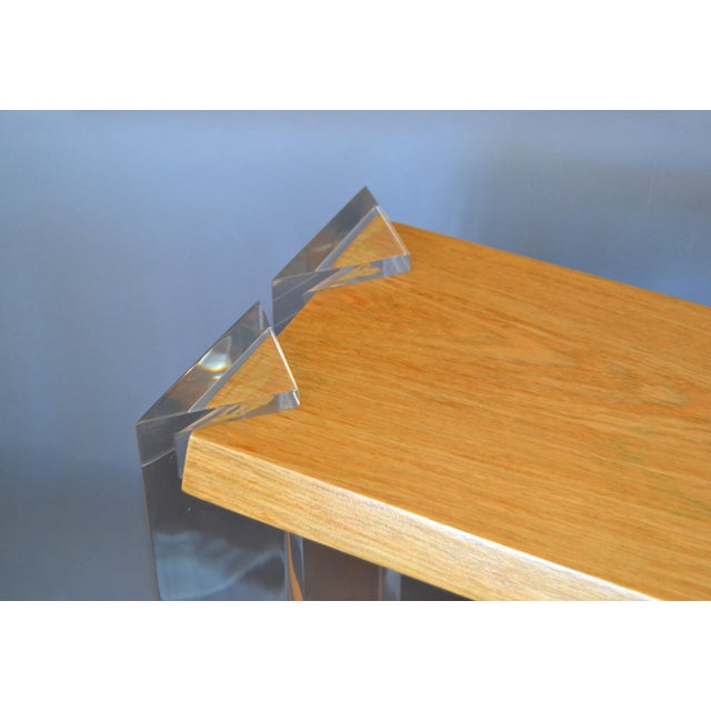Italian Mid-Century Modern Oak & Acrylic Two Tier Console Table Bookshelf, 1960s For Sale - Image 9 of 13