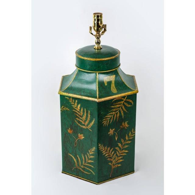 Chinoiserie Vintage English Export Painted With Ferns Leave Style Green Hexagonal Tea Caddy Lamp For Sale - Image 3 of 9
