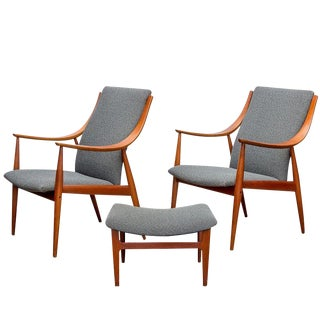 Peter Hvidt Easy Chairs and Ottoman Set - Set of 3 For Sale