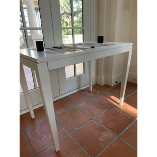 Contemporary Oomph Back Gammon Table Preview