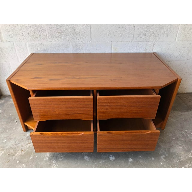 Vintage Danish Modern Tv Stand Media Console For Sale - Image 4 of 13