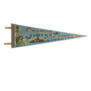 Vintage Statue of Liberty Felt Flag Pennant For Sale