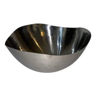 Vintage Mid 20th Century 18-8 Stainless Steel Japan Serving Bowl For Sale