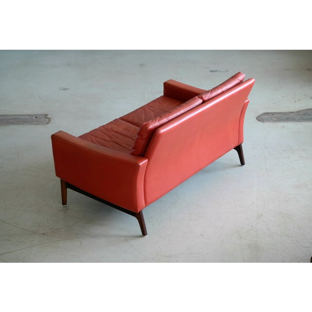 Red Classic Danish Mid-Century Modern Sofa in Red Leather and Rosewood Base For Sale - Image 8 of 11