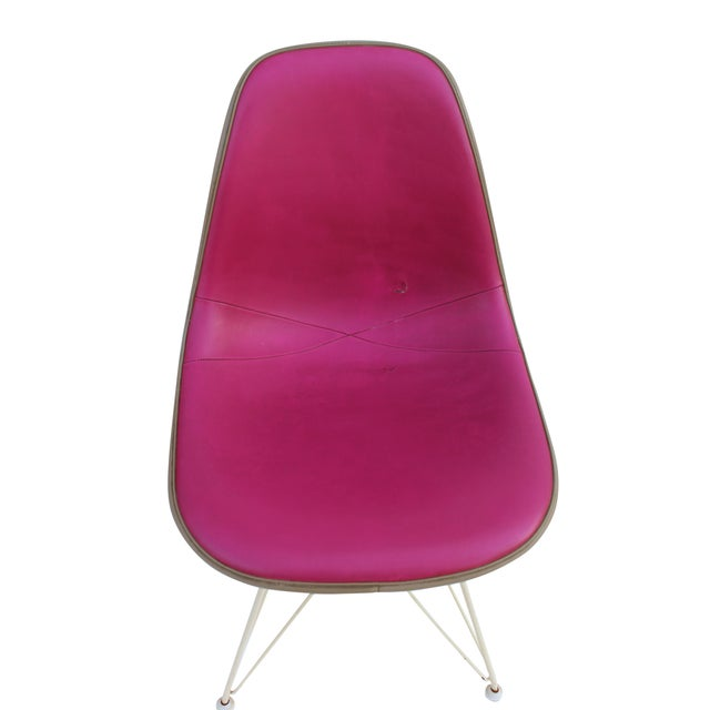Mid-Century Modern Pink & Orange Eames Chairs on Eiffel Bases - Pair For Sale - Image 3 of 10