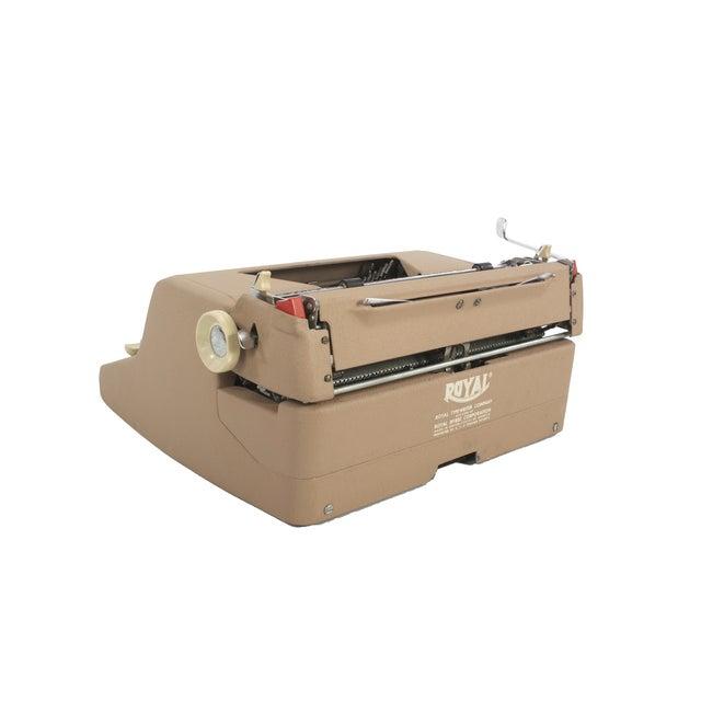 Royal Quiet DeLuxe Typewriter - Image 5 of 7