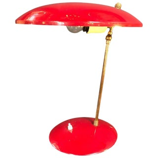 1950s Italian Sculptural Table Lamp in Brass and Red Enameled Metal For Sale