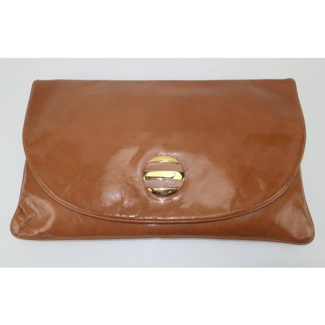 1970's Bottega Veneta Large Envelope Leather Clutch Handbag For Sale - Image 4 of 12