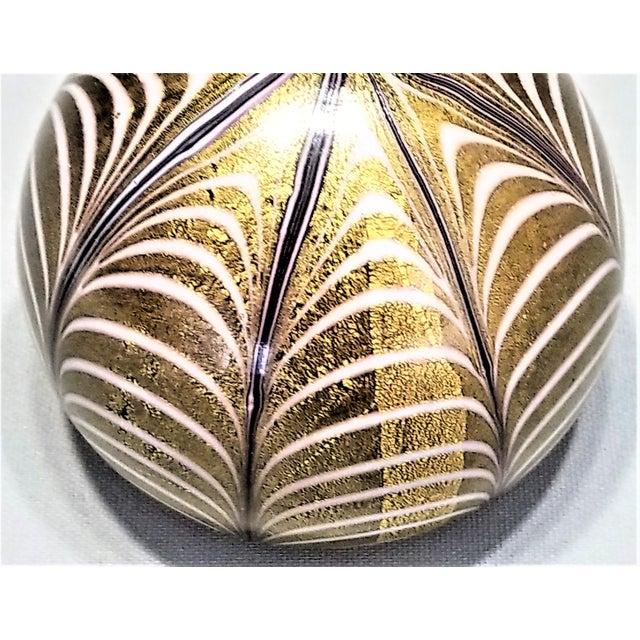 Art Glass 1950s Murano Glass Gold White and Black Fenicio Paperweight - Italy Mid Century Modern Minimalist Palm Beach Boho Chic Italian Venetian Sommerso For Sale - Image 7 of 13