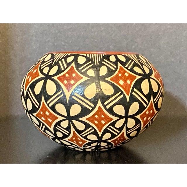 1960s Vintage Pot by Jemez Pottery For Sale - Image 5 of 5