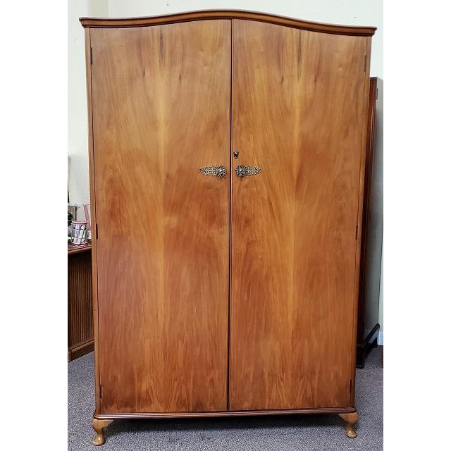 1940s Vintage Walnut Double Door Armoire C.1940 For Sale - Image 5 of 8