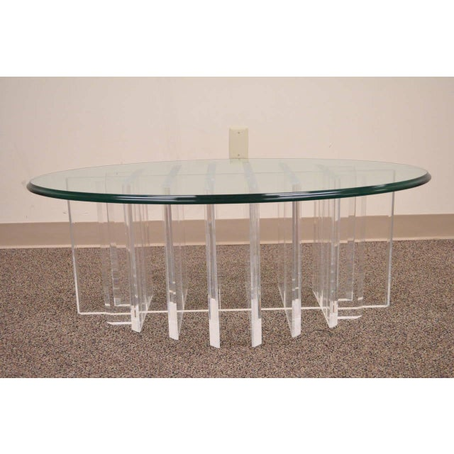 1960s Mid Century Modern Sculptural Lucite Grid Oval Coffee Table For Sale - Image 10 of 11