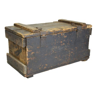 Vintage Rustic Carpenters Trunk
