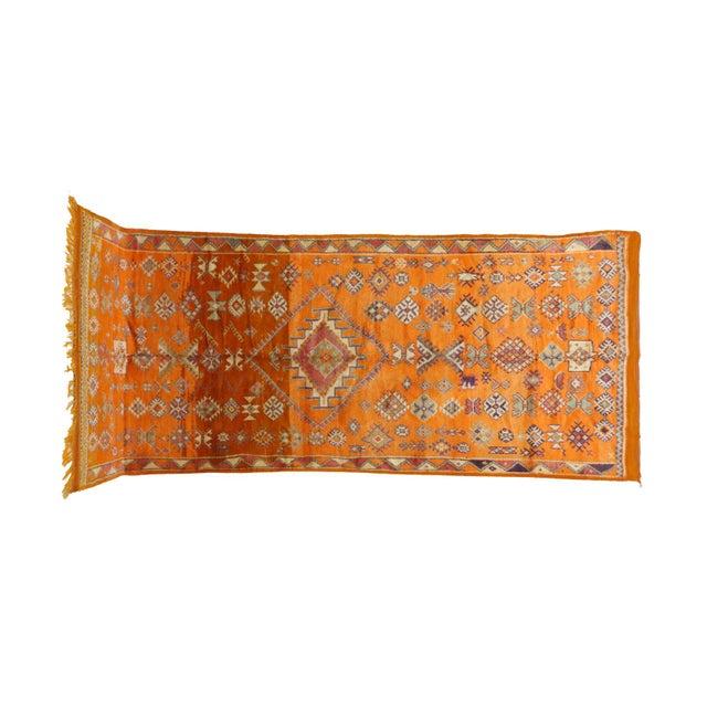 "Type: Taznakht Dimensions: 4'11"" x 11'11"" feet / 151 x 363 cm Material: 100% wool Age: Vintage / circa 1970s Origin: Morocco"