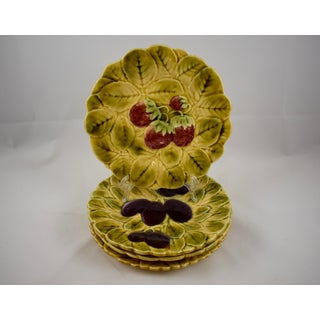Sarreguemines French Faïence Majolica Fruit Plates - Set of 4 Preview
