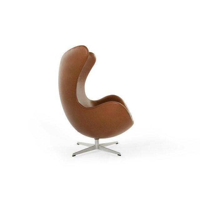 Arne Jacobsen for Fritz Hansen Egg Chair and Footstool, Denmark, 1966 For Sale - Image 11 of 13