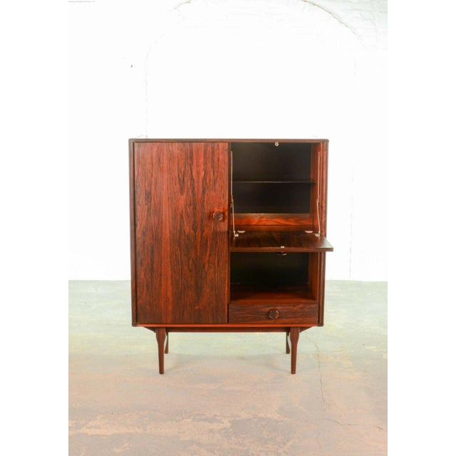 Mid-Century Modern Elegant Mid-Century Dutch Design Rosewood Bar Cabinet for Fristho Franeker, 1960s For Sale - Image 3 of 13
