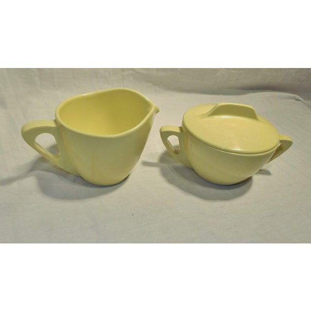 Mid-Century Modern Retro Pale Yellow Melmac Prolon Ware Creamer and Sugar With Lid For Sale - Image 3 of 5