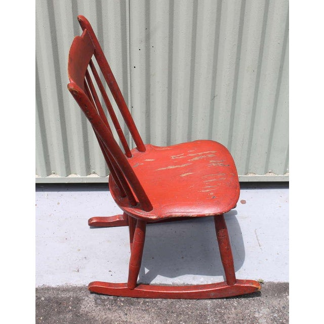 19th Century Original Salmon Painted Windsor Rocking Chair For Sale - Image 7 of 8