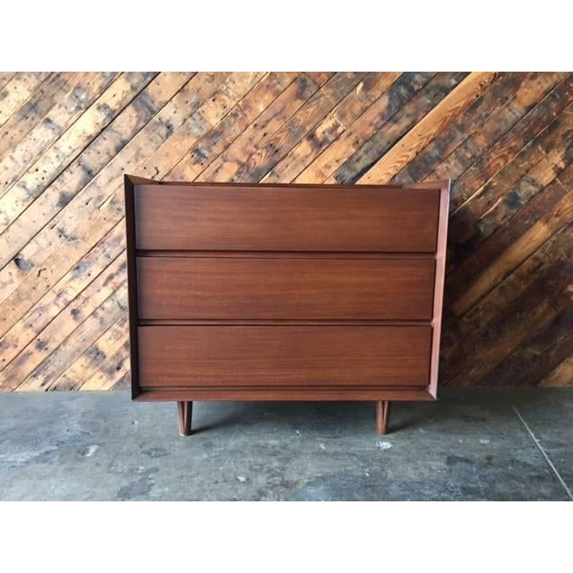 Architectural Modern Refinished Walnut Dresser by Morris For Sale In Los Angeles - Image 6 of 7