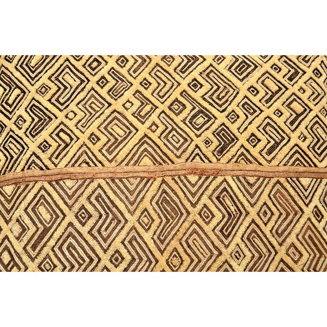 "African African Kuba Raffia Cloth Pillow 24"" Square For Sale - Image 3 of 5"