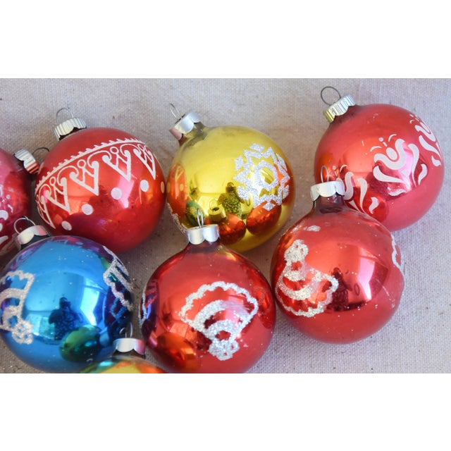 Metal Vintage Colorful Christmas Ornaments withBox - Set of 10 For Sale - Image 7 of 9