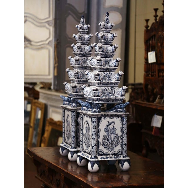 "White Pair of Painted Blue and White Porcelain Maottahedeh Tulip Pagodas ""Tulipieres"" For Sale - Image 8 of 13"